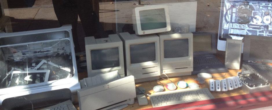 Vintage Macs in Berkeley computer store